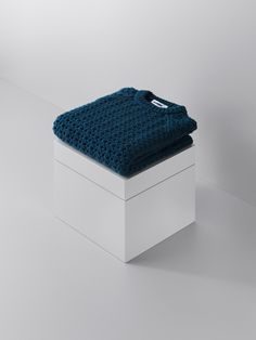 lernert & sander transform high-end knitted garments into balls of yarn