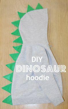 Little Fashion DIY Roundup diy dinosaur hoodie tutorial Sewing For Kids, Baby Sewing, Diy For Kids, Costume Dinosaure, Toy History, Diy Dinosaur Costume, Dinosaur Crafts, Baby Kostüm, Costume Ideas