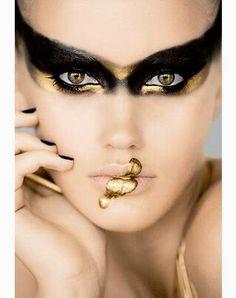 Gold & Black eye design!!!
