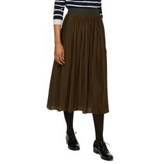 Jupe plissée en jersey.  This is so cute with the tights and oxfords!