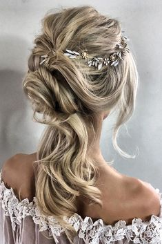 30 Timeless Classical Wedding Hairstyles ❤️ classical wedding hairstyles messy downdo sabrina dijkman via instagram ❤️ See more: http://www.weddingforward.com/classical-wedding-hairstyles/ #weddingforward #wedding #bride #weddinghairstyle #classicalweddinghairstyles