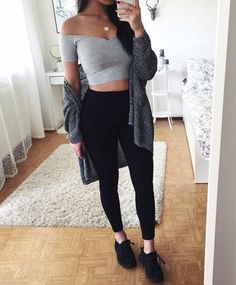 Best Outfit Styles For Women - Fashion Trends Teenage Outfits, College Outfits, Outfits For Teens, Look Fashion, Teen Fashion, Fashion Outfits, Fashion Trends, Simple Outfits, Trendy Outfits