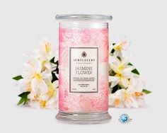 Be absolutely delighted by the white floral notes of jasmine flower mixed with some fresh, green notes and a hint of sheer musk.