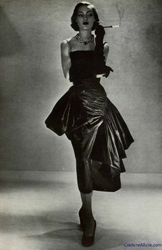 Couture Allure Vintage Fashion: Weekend Eye Candy - Germaine Lecomte, 1950- Love the ruching and draping. This emits a very classic look.
