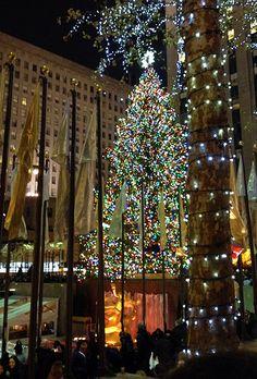 visit new york citys rockefeller center at christmas