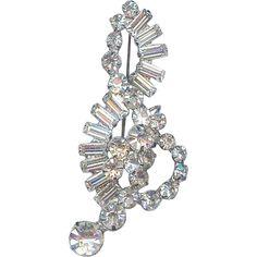 BOOK PIECE! JULIANA D Sparking Treble G Clef Music Baguette Crystal Brooch Pin