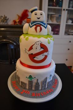 Ghostbusters Stay Puft Birthday Cake by Kliscakes - For all your cake decorating supplies, please visit craftcompany.co.uk