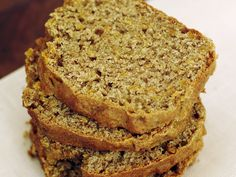 Haselnüsse machen dieses Brot total saftig! Karottenbrot - smarter - Zeit: 45 Min. | eatsmarter.de