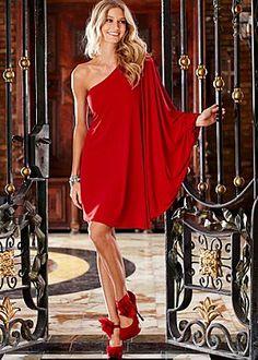 Venus red gown