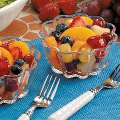 """Seven-Fruit Salad Seven-Fruit Salad Recipe -This refreshing fruit medley, lightly coated with cherry pie filling, makes a great potluck or picnic dish. """"You can substitute other fruits, such as red gr Healthy Salad Recipes, Diabetic Recipes, Snack Recipes, Dessert Recipes, Cooking Recipes, Easy Recipes, Desserts, Salad Recipes For Dinner, Fruit Salad Recipes"""