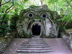 curieux jardin de Bomarzo (1)