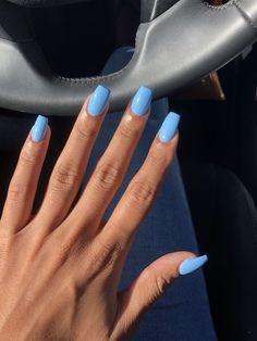 Long nails or short nails? Long nails or short nails? 😍 ( Long nails or short nails? Nails Yellow, Blue Acrylic Nails, Summer Acrylic Nails, Spring Nails, Light Blue Nails, Blue Gel Nails, Baby Blue Nails With Glitter, Acrylic Nail Designs For Summer, Acrylic Art