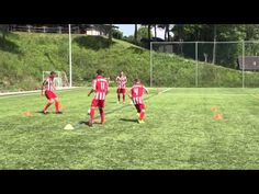 "Soccer Pass Drill ""Diamond"" from Manchester United Coach Rene Meulensteen (Coerver Coach) - YouTube"