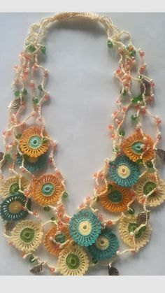 Knit Crochet, Crochet Earrings, Projects To Try, Knitting, Jewelry, Diy Necklace, Statement Necklaces, Crochet Necklace, Handmade Necklaces
