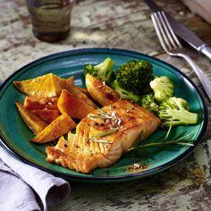 Gebackener Lachs auf Süßkartoffel und Brokkoli Rezept
