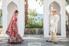 Un primer encuentro en una boda hindú   Coca y Carmona
