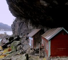 Helleren, between Egersund and Ånasira, Rogaland, Norway, by Tone Lepsøe. / www.wildcanadasalmon.com