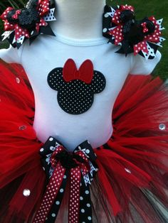 So in-love with red/black Minnie Tutu Minnie Birthday, 3rd Birthday Parties, Girl Birthday, Kendall Birthday, Birthday Ideas, Mickey Party, Mickey Minnie Mouse, Mouse Parties, My Baby Girl