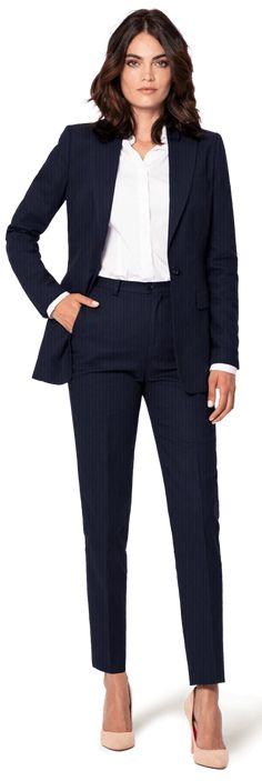 Blue seersucker Blazer with peak lapels $169 | Sumissura Blue Summer Suit, Summer Blazer, Summer Suits, Suit Jackets For Women, Blazers For Women, Suits For Women, Navy Blue Suit Outfit, Burberry Shirt Women, Seersucker Blazer