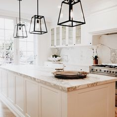 Kitchen Design Inspiration | Kitchen Design Ideas | | White Kitchens | Kitchen | Dining Table | Accessories | Table Top Decor | Flowers | Fruit | Wood Floors | House | Home | Interiors | Interior Design | Interior Designer | Costa Mesa | Newport Beach | Orange County | California | Design Beautifully! | www.interiordesignbytiffany.com