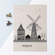 Karton A4 Poster skyline Holland   Nederland: dan denkt Mevrouw Emmer aan molens, de heldere lucht (mooie wolken), het platteland, maar ook aan de grachtenpanden.