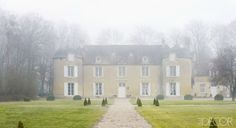 The château was constructed in the 11th century with Caen stone, and renovated in 1721.