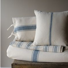 Grain Sack Blue Stripe Queen Coverlet Grain Sack Blue Stripe Queen Coverlet – Piper Classics This image has get French Country Bedrooms, French Country Living Room, Striped Bedding, Gold Bedding, Chic Bedding, Ticking Stripe, Modern Bedding, Blue Bedding, Modern Bedroom