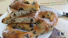 A slow mixing process bread dough enhanced with 3 kind of olives (cured black, green and Kalamata) seasoned with h. Cuisinart Food Processor, Food Processor Recipes, Fougasse Bread Recipe, Olives, Biscuits, Dessert From Scratch, Olive Bread, Mac And Cheese Homemade, Bread Recipes