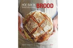 "boek recensie ""hoe bak ik brood"" superboek vooral de kneedmethode"