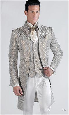 Abito da sposo uomo con giacca avorio broccata
