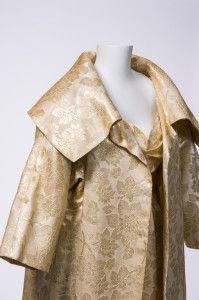 Gwen Gillam, cocktail dress with opera coat, ca. 1960s / Queensland Museum qm.qld.gov.au | thefashionarchives.org