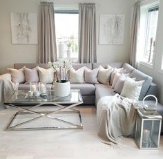 Living room- Inspire me home design Blush Living Room, Silver Living Room, Cream Living Rooms, New Living Room, My New Room, Home And Living, Living Room Decor, Simple Living, Sweet Home