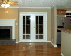 двери межкомнатные белые двустворчатые