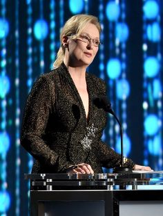 Pin for Later: Stars Get All Glammed Up For the Governors Awards  Pictured: Meryl Streep