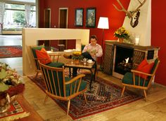 Das AKZENT Hotel Johannisbad in Bad Aibling heißt Sie herzlich Willkommen. Restaurant, Das Hotel, Bad, Furniture, Home Decor, Fine Dining, Welcome, Decoration Home, Room Decor