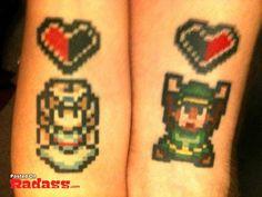Modèle de tattoo pixels Zelda https://tattoo.egrafla.fr/2016/02/22/modele-tatouage-couple-identique/