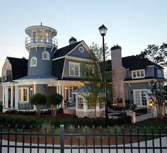 If I wanted a house that big, this is probably what it would look like.