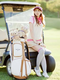 Surprising All About Ladies Golf Ideas. Unutterable All About Ladies Golf Ideas. Golf Attire, Golf Outfit, Ladies Golf, Women Golf, Golf Putting Green, Womens Golf Wear, Golf Fashion, Ladies Fashion, Golf Player