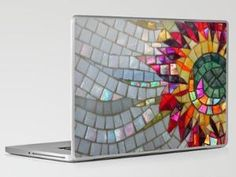 Laptop Cover Bling - You have to click thru to Stumble Upon, but you'll see even more like this.