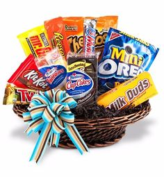 Junk Food Basket - A gift basket that is as fun as it is delicious!Junk Food Basket - Filled with delicious snacks and sweets, our popular Junk Food Basket is the perfect gift for students, employees, or anyone who deserves an extra special indulgence. Cookie Gift Baskets, Holiday Gift Baskets, Diy Gift Baskets, Cookie Gifts, Candy Baskets, Raffle Baskets, Christmas Baskets, Gift Hampers, Fruit Gifts