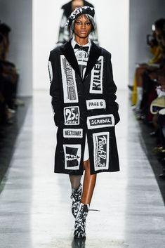8a6ea6b325f1 2019-20秋冬プレタポルテコレクション - ジェレミー・スコット(JEREMY SCOTT) ランウェイ|コレクション(ファッションショー)|VOGUE  JAPAN