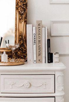 Gold Aesthetic, Classy Aesthetic, Aesthetic Room Decor, Parisian Room, Parisian Apartment, Parisian Bedroom Decor, Gold Room Decor, Room Ideas Bedroom, Bedroom Themes