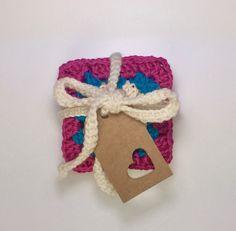 5 posavasos a crochet estilo granny. colores vivos . de algodón . regalito de estreno de casa. de myladiescrochet en Etsy