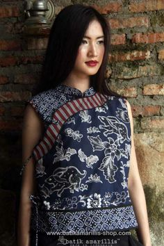 Batik Amarillis' Joyluck 2014  in Batik Banyumas-Indonesia   AVAILABLE at Batik Amarillis webstore www.batikamarilli...  ...A Timeless piece with exquisite detailing such as color combos, handmade chinese frog button, fittingly beautiful with the ideal combination of comfort & style Blouse Batik, Batik Dress, Blouse Dress, Dress Skirt, Batik Fashion, Boho Fashion, Fashion Beauty, Amarillis, Batik Kebaya