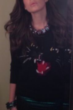 cat sweater and bounkit?? yes. Stacy London wears Bounkit Necklace......#Meow