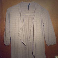 NWOT O'Neill Gray Cotton Sweater Eyelet Textured S NWOT O'Neill Gray Cotton Cardigan Open Sweatshirt Sweater Eyelet Textured Small O'Neill Sweaters Cardigans
