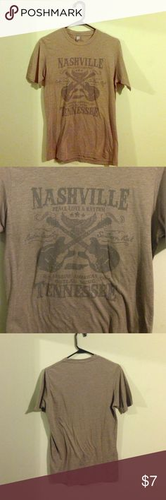 Nashville Tennessee. Peace, love, & rhythm t-shirt Nashville Tennessee. Peace, love, & rhythm t-shirt. Good condition. BUNDLE AND SAVE! Tops Tees - Short Sleeve