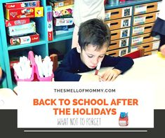 Back to school after the holidays!Τι να μην ξεχάσεις - The Smell of Mommy Back To School, Greek, Lifestyle, Board, Holiday, Vacations, Holidays, Entering School, Back To College