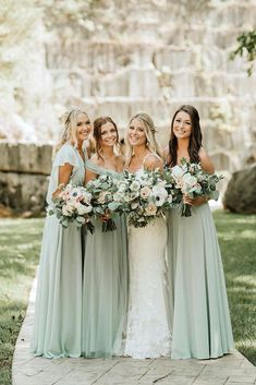 Hottest No Cost Wedding Color Trends: 30 Silver Sage Green Wedding Color . - Hottest No Cost Wedding Color Trends: 30 Silver Sage Green Wedding Color Ideas Tips An easy way to - Wedding Robe, Wedding Bridesmaid Dresses, Our Wedding Day, Perfect Wedding, Dream Wedding, Prom Dresses, Bridesmaid Ideas, Bridesmaid Flowers, Bride Maid Dresses