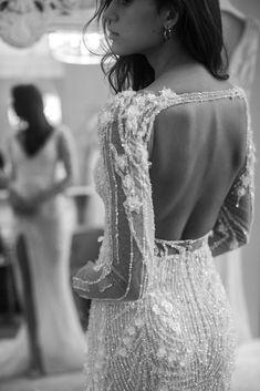 Pallas Couture, Women's Dresses, Bridal Dresses, 00s Mode, Ibiza Wedding, Fashion Silhouette, Dream Wedding Dresses, Couture Wedding Gowns, Couture Bridal